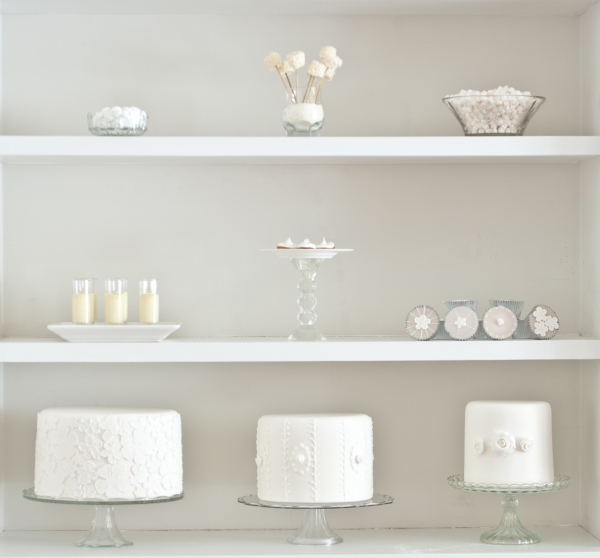 Bright White Tempting Table