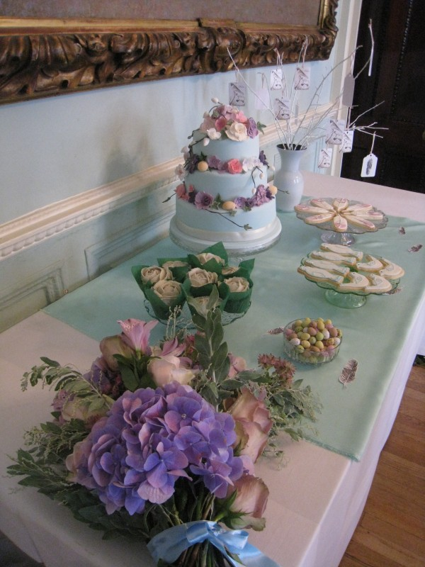 Mulberry themed Tempting Table by Tempting Cake