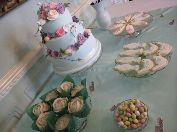 Mulberry Tempting Table by Tempting Cake